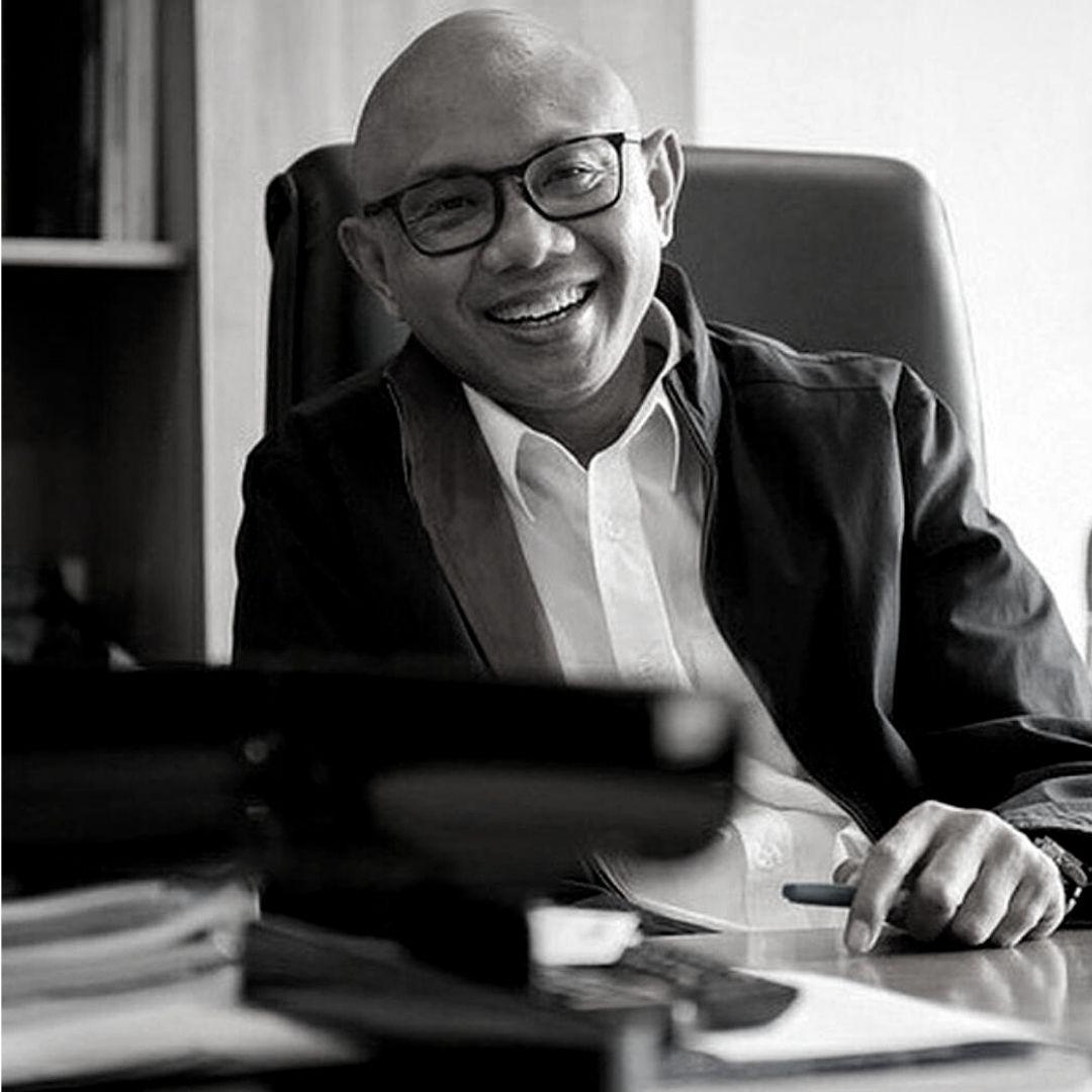 Dr. William Sabandar